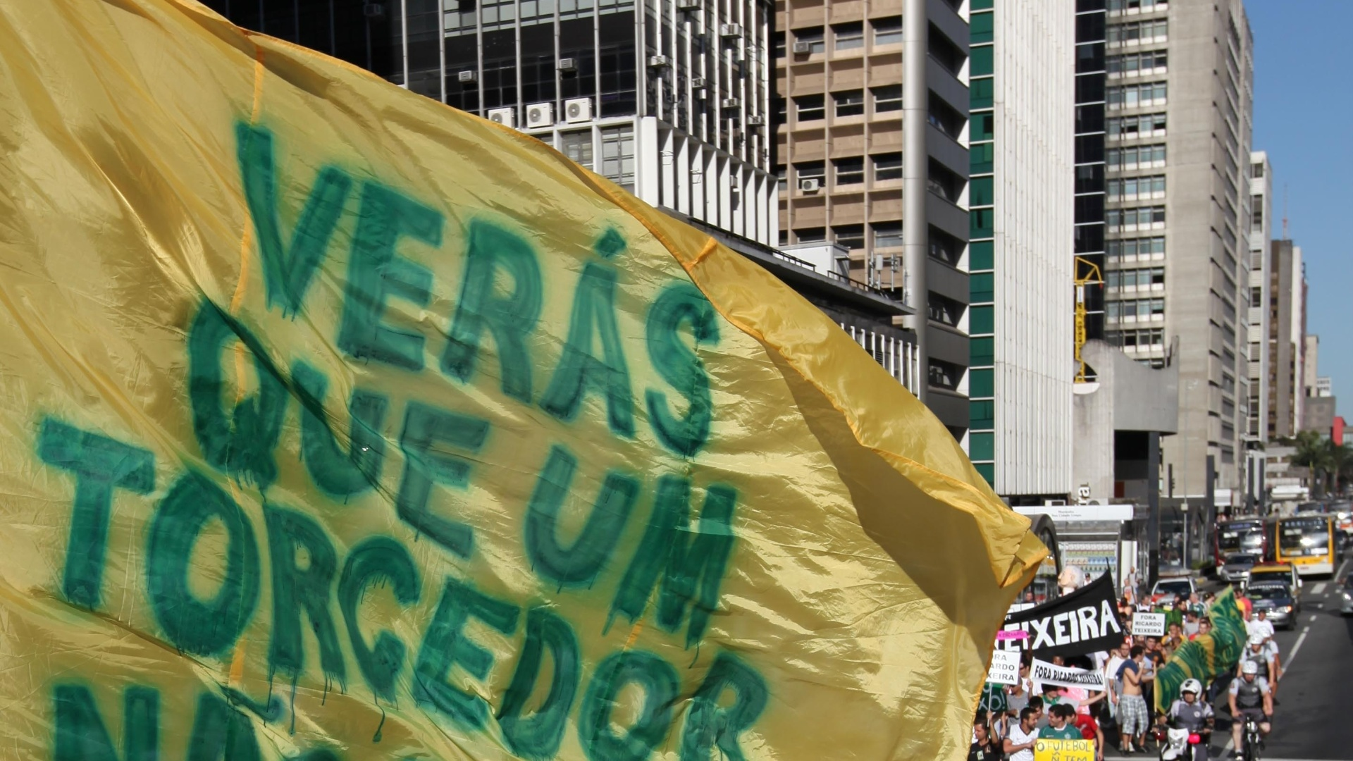 Manifestação contra o mandatário da CBF reuniu um bom número de manifestantes na Avenida Paulista