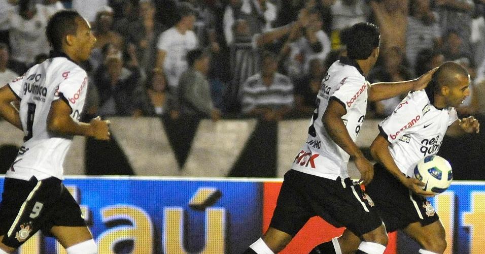 Com o brilho de Tite e Emerson Sheik, Corinthians acordou no 2º tempo e virou placar contra o Atlético-MG