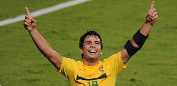 Com cinco gols marcados, Henrique foi o artilheiro do Mundial sub-20