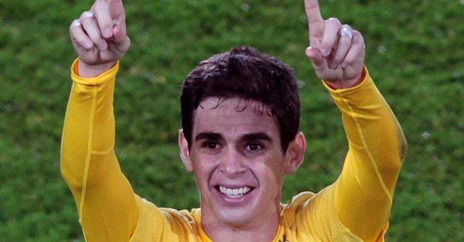 Oscar foi o grande destaque do título brasileiro no Mundial sub-20, marcando os três gols da vitória, de virada, por 3 a 2, sobre Portugal