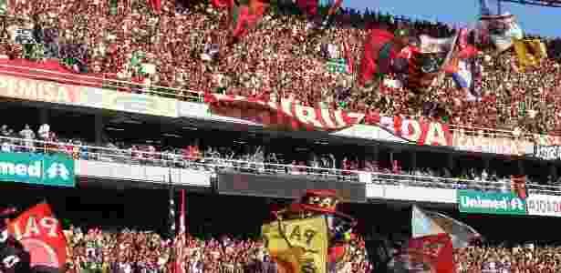 Fernando Maia UOL. A torcida do Flamengo comprou todos os ingressos  disponíveis para o Engenhão ... c2b86af086461