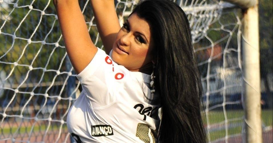Camila Vernaglia, representante do Corinthians do Gatas do Brasileirão de 2011