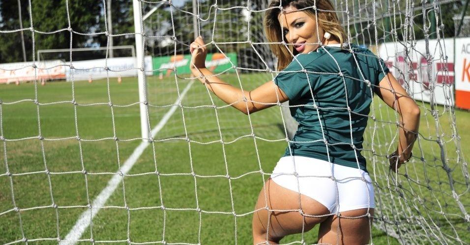 Tassiana Dunamis, gata do Palmeiras