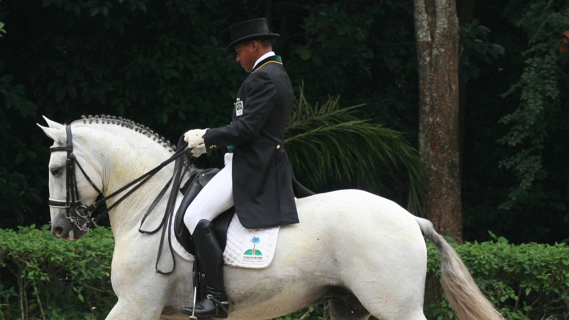 Rogério Clementino, cavaleiro brasileiro que irá ao Pan