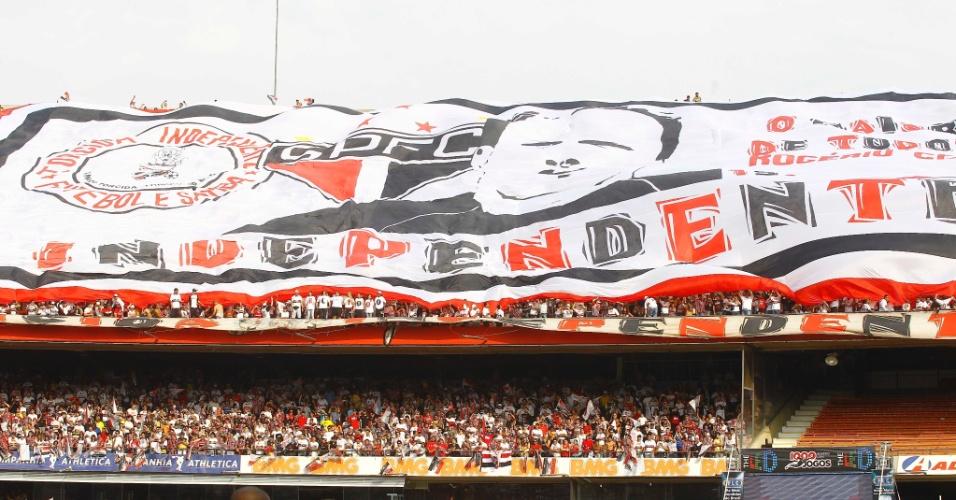 Bandeirão organizada para Ceni - São Paulo x Atlético-MG - Brasileirão-2011 (07/09/2011)