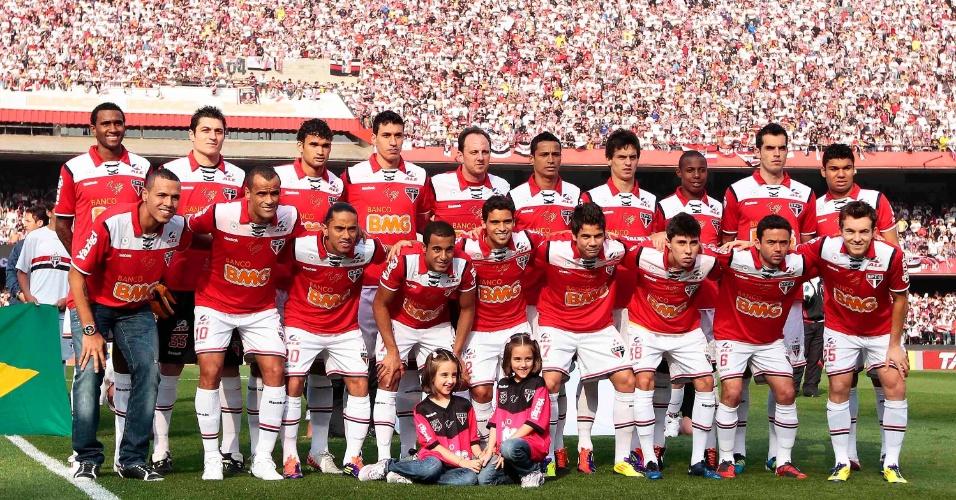 Elenco são-paulino posa para foto - São Paulo x Atlético-MG - Brasileirão-2011 (07/09/2011)