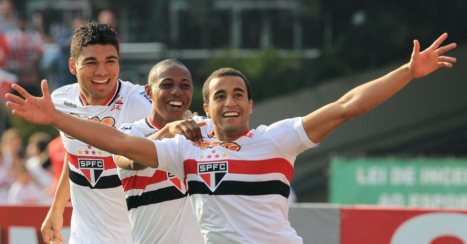 Lucas marca gol contra o Atlético-MG - São Paulo x Atlético-MG - Brasileirão-2011 (07/09/2011)