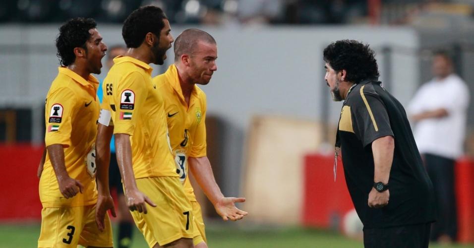 Maradona celebra gol de sua equipe