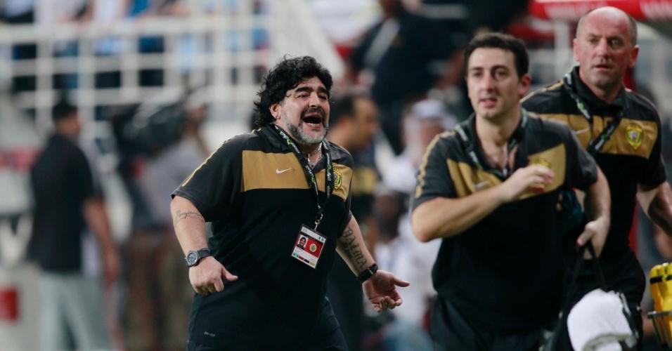 Maradona sofre com os gols perdidos pelo Al-Wasl 1