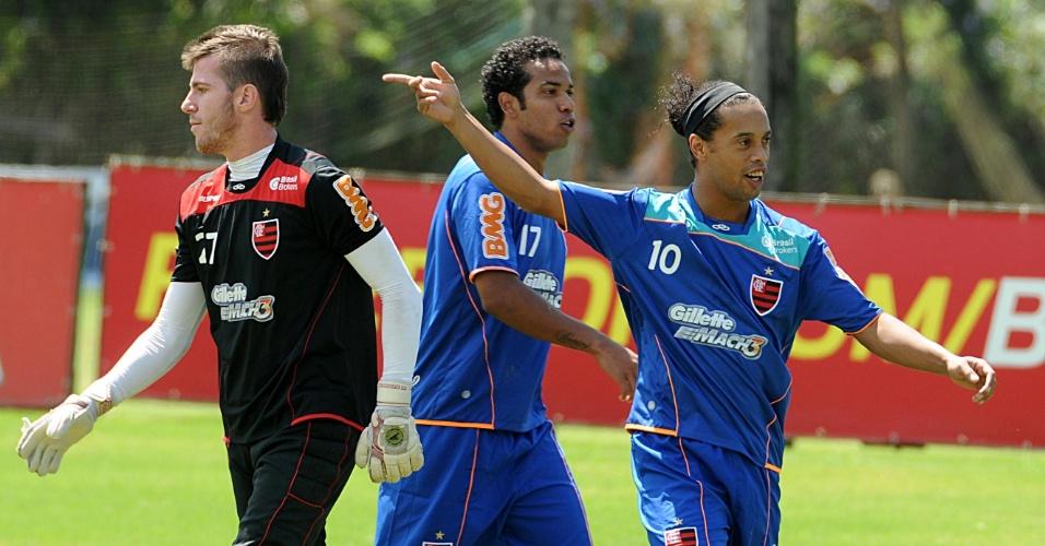 Ronaldinho Gaúcho é um dos trunfos do Flamengo para enfrentar o Botafogo no domingo e tentar encerrar um incômodo jejum de vitórias no Brasileirão