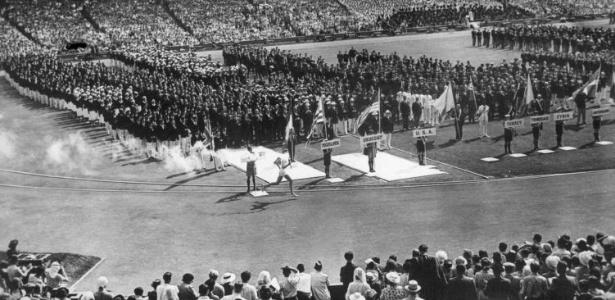 Cerimônia de abertura dos Jogos de Londres, com 80 mil pessoas nas arquibancadas do estádio de Wembley