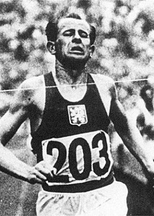 Emil Zatopek, a