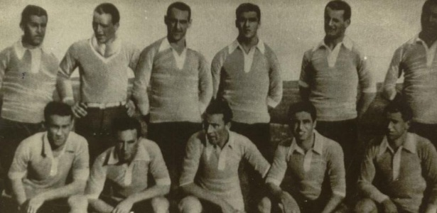 Equipe uruguaia de futebol, bicampeã olímpica em Amsterdã-1928, apelidada de Celeste Olímpica