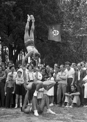 Exibição em Barcelona, nos Jogos Alternativos, iniciativa contra a realização da Olimpíada na Alemanha nazista