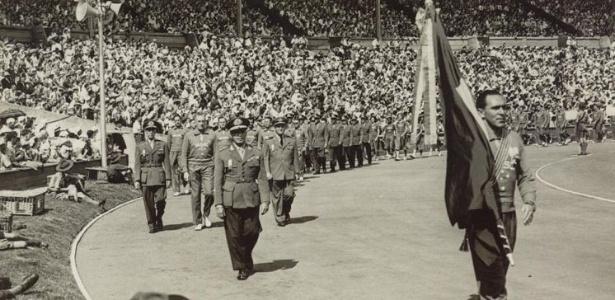 Sylvio de Magalhães Padilha, remanescente dos Jogos de Berlim-1936, foi o porta-bandeira brasileiro