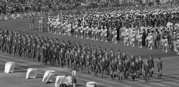 Delegação da Espanha desfila na cerimônia de abertura dos Jogos Olímpicos de 1972