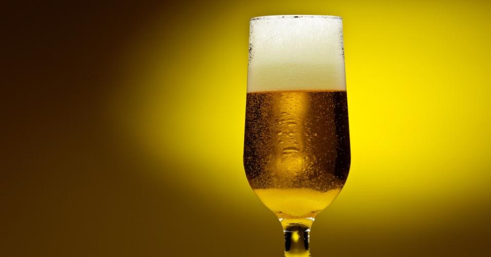 Imagem ilustrativa de copo de cerveja