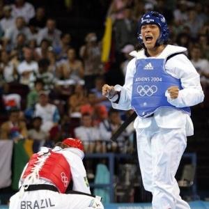 A brasileira Natália Falavigna é derrotada pela venezuelana Adriana Carmona na luta pelo bronze nos Jogos de Atenas-2004