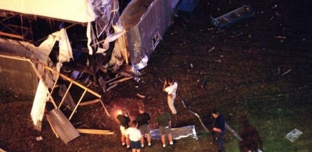 Uma explosão na madrugada do dia 27 de julho deixou dois mortos e mais de cem feridos no Parque do Centenário, durante os Jogos de Atlanta