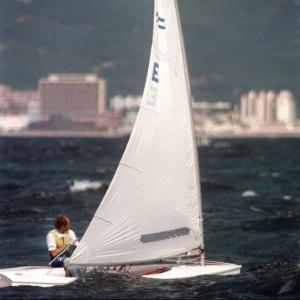O velejador espanhol Jose Luis Doreste conquistou o ouro na classe Finn na Olimpíada de Seul