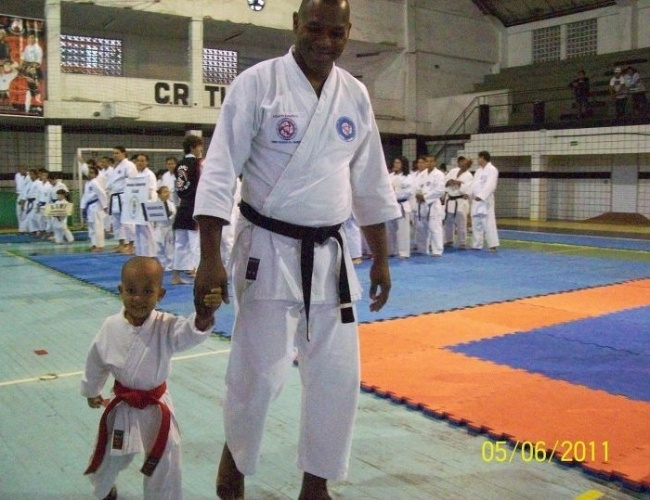 Você Manda: Cleiton Alves dos Santos, 34 anos, São Vicente (SP), na III Okinawa Shorin Cup de Caratê