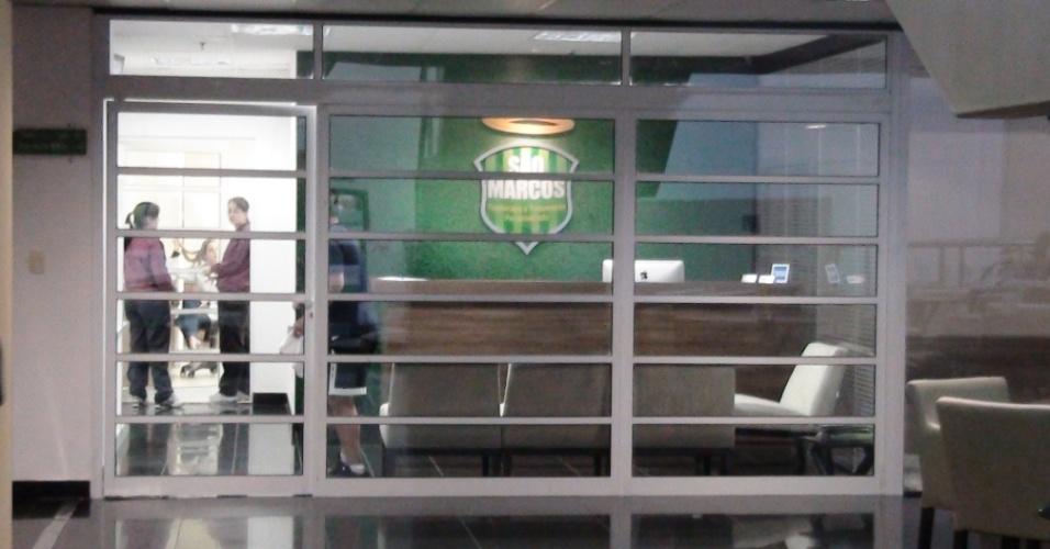 (27/09/2011) Fachada do novo centro de fisioterapia do goleiro Marcos, do Palmeiras