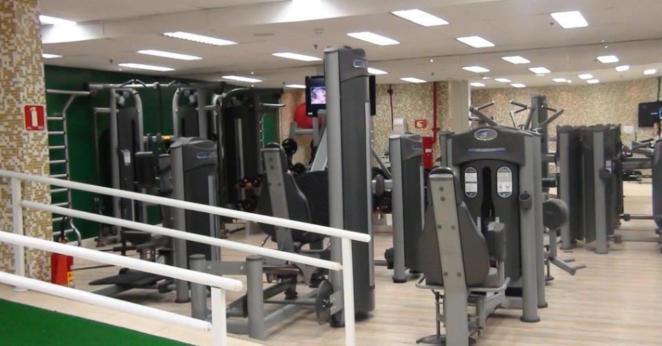 (27/09/2011 Vista geral do salão de musculação do centro de fisioterapia do goleiro Marcos, do Palmeiras