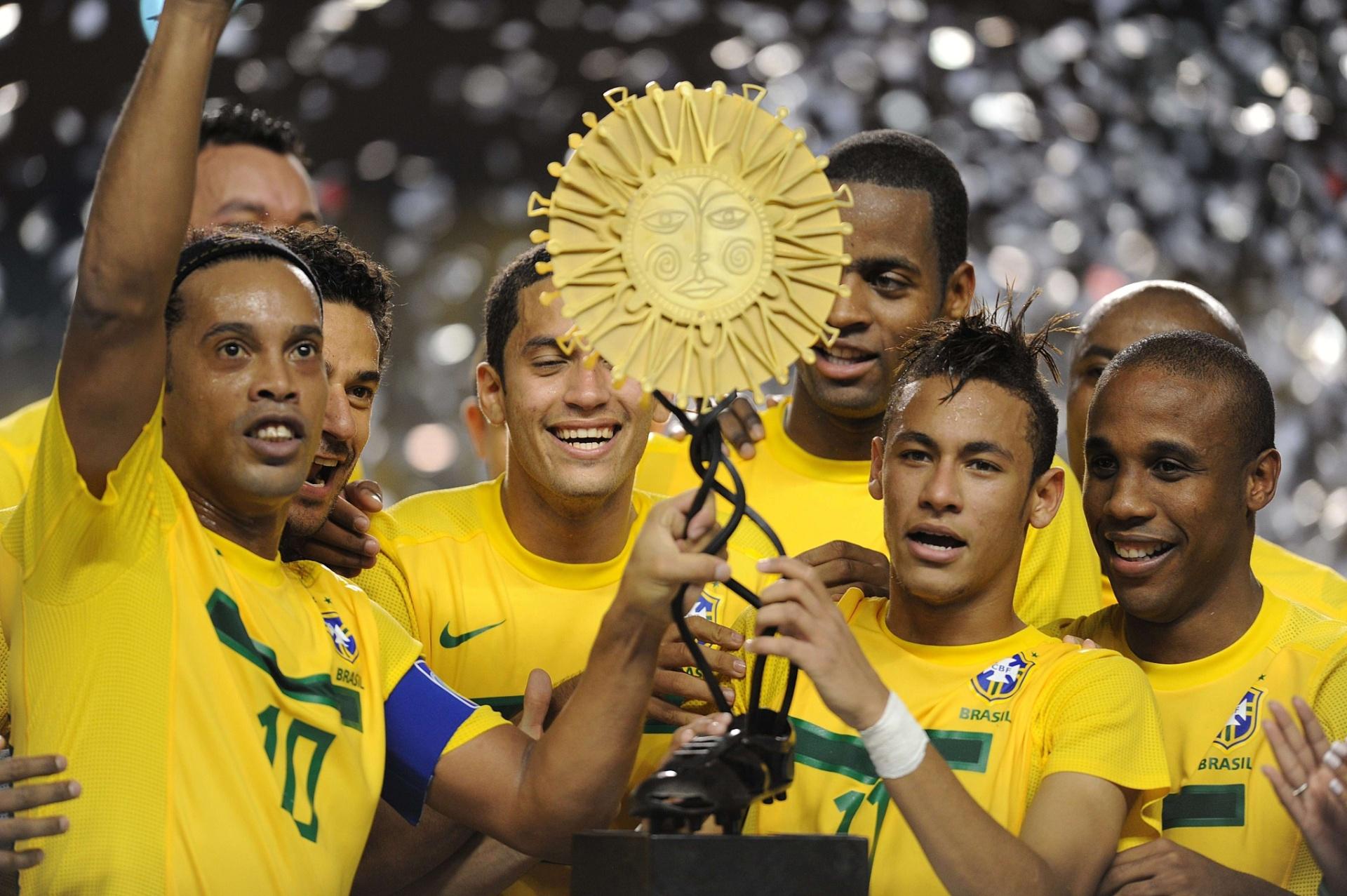 7b1d123dfc Brasil vence Superclássico contra a Argentina com brilho de estreantes  Lucas e Cortês - 28 09 2011 - UOL Esporte