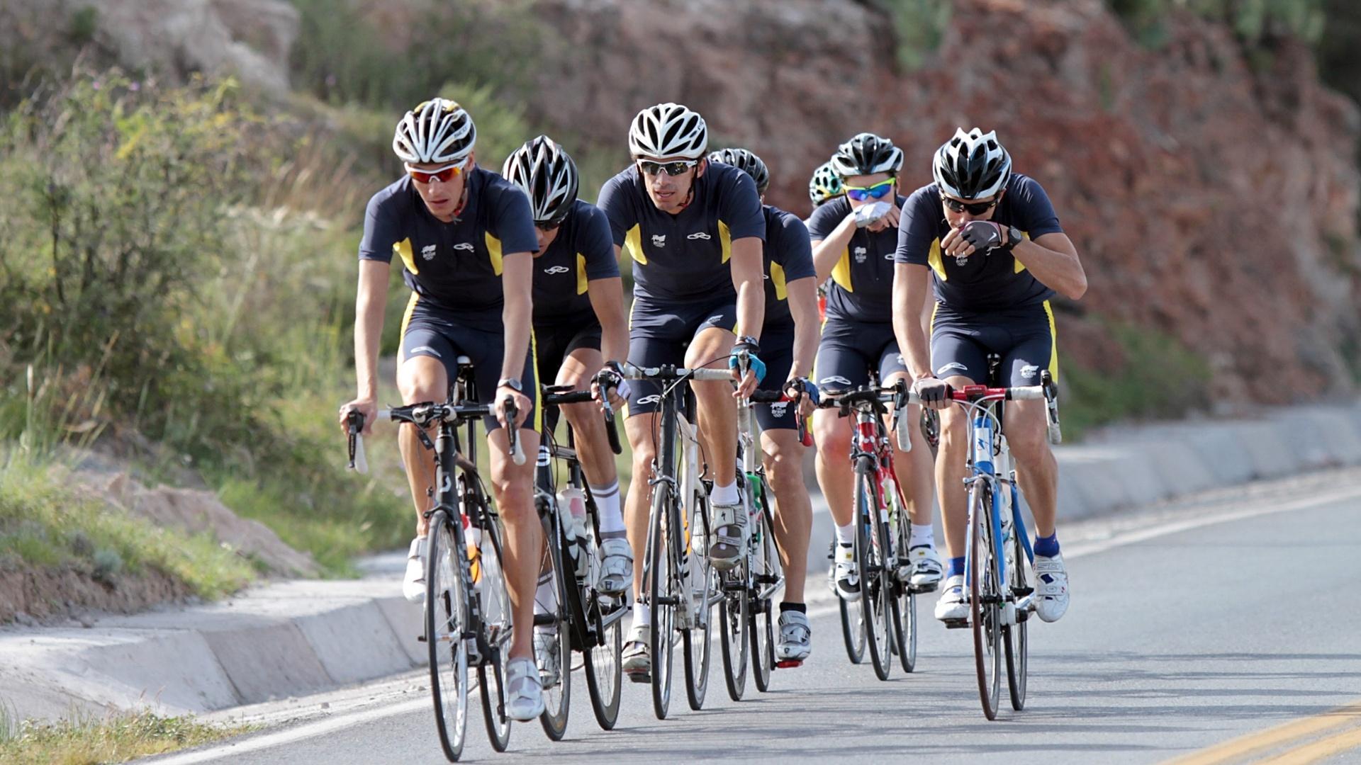 A equipe de triatlo do Brasil já está no México se preparando para representar o país nos Jogos Pan-Americanos de Guadalajara em 2011