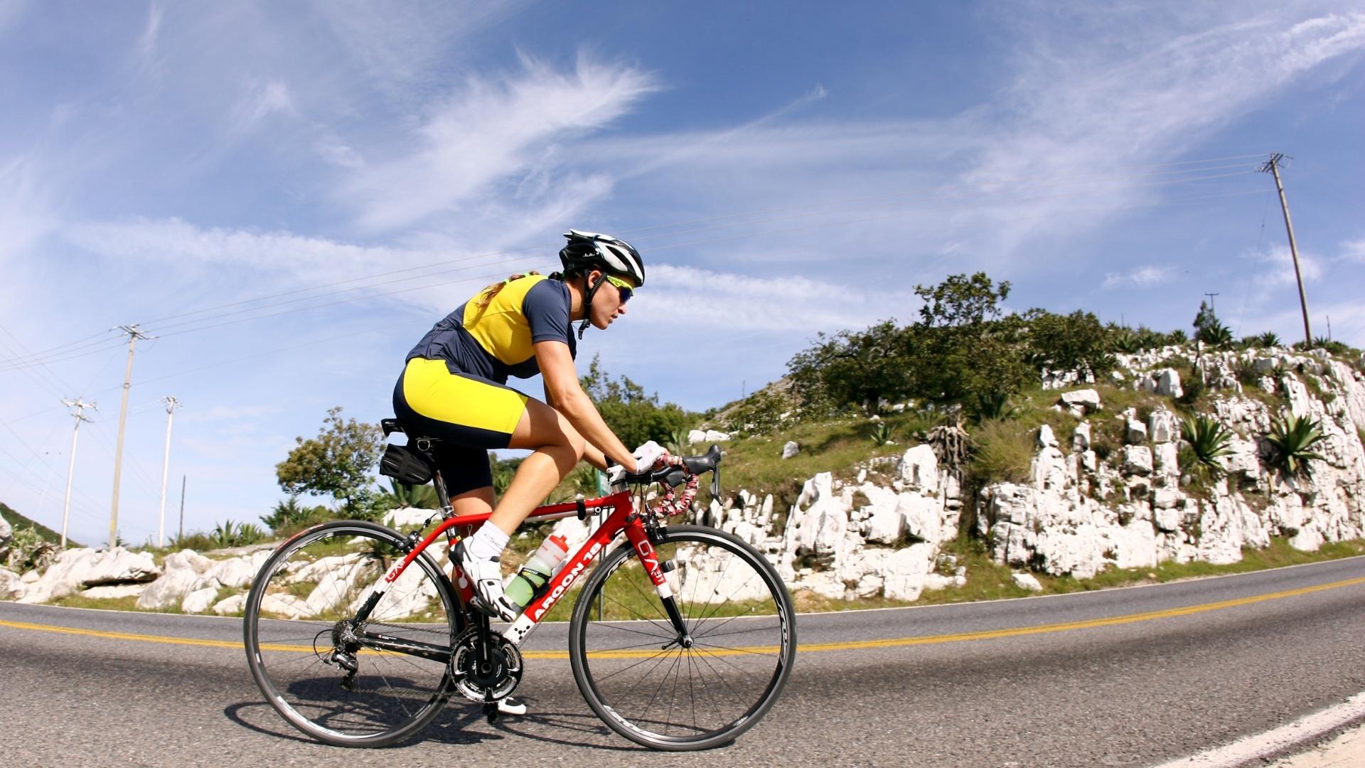 A triatleta Pâmela Oliveira está em San Luis Potosi com o restante da equipe de triatlo em fase de aclimatação para os Jogos Pan-Americanos de Guadalajara