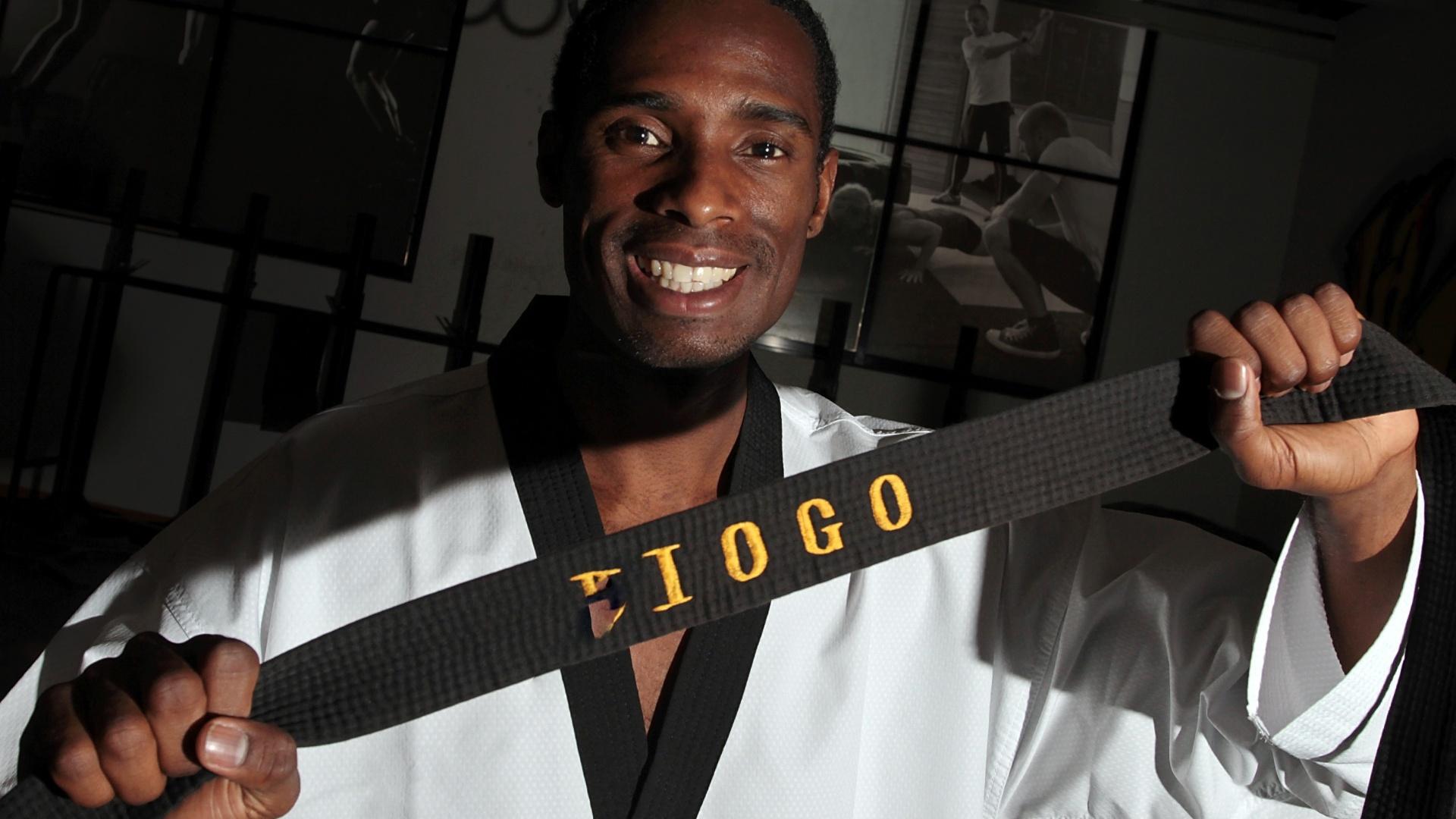 Diogo Silva, campeão do Pan-2007 no taekwondo, categoria até 68kg, treina para representar o Brasil em Guadalajara (30/9/2011)