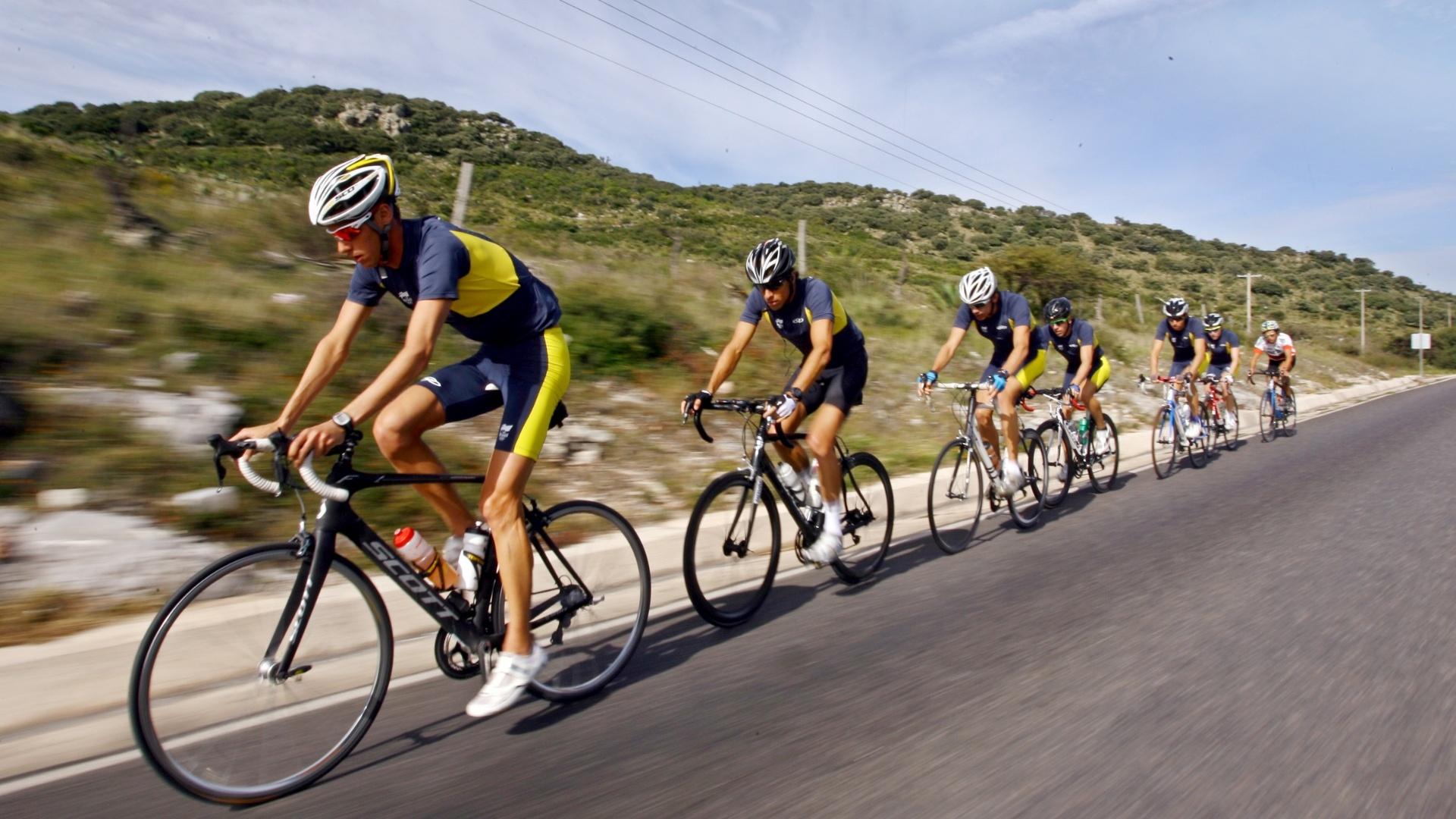 Equipe de triatlo do Brasil está treinando em San Luis Potosi, no México para se acostumar com a altitude para o Pan-2011