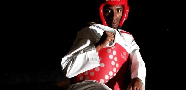O lutador de taekwondo, Diogo Silva, treina para representar o Brasil na categoria até 68kg no Pan-2011 (30/9/2011)