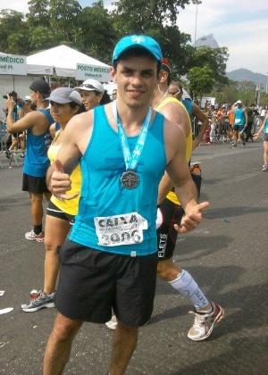 Você Manda: Renato Ribeiro, 30 ano, Nova Lima (MG), na primeira maratona da vida, disputada em julho de 2011 no Rio