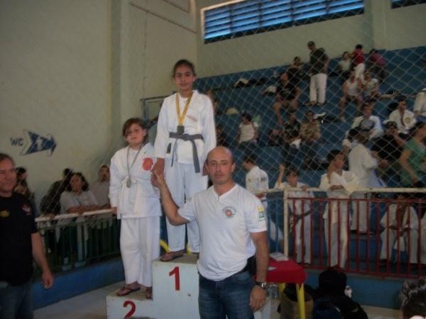 Você Manda: Yasmim Roza, 10 anos, Porto Feliz (SP), no Projeto Pelicano. Medalha de ouro no Campeonato de Judô em Tatuí