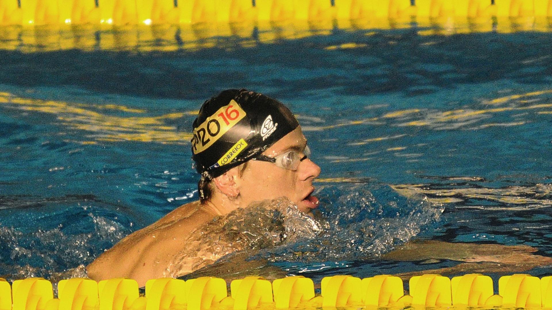 César Cielo já treinou em Guadalajara nesta quarta-feira (12/10/2011)