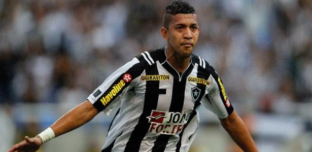 Antonio Carlos deve ser o primeiro contratado do novo gerente Gustavo Oliveira - Fernando Soutello/AGIF