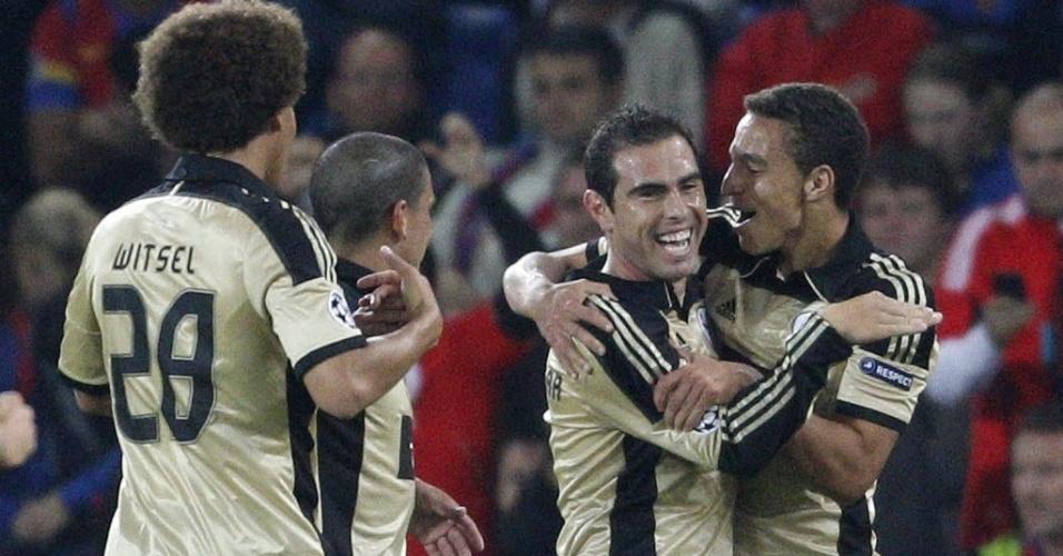 Ex-Corinthians, Bruno César comemora gol pelo Benfica contra o Basel