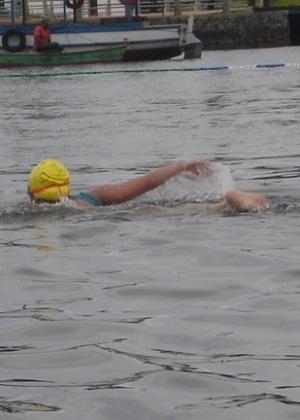 Você Manda: Denise Duarte, São Bernardo do Campo (SP), na Travessia 14 Bis (24 km nadando de Santos a Bertioga)