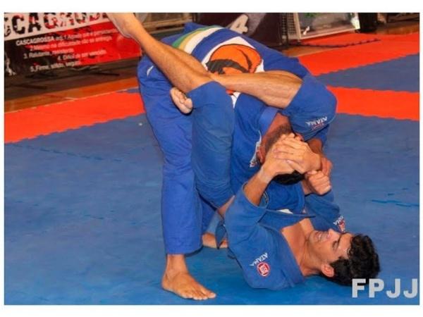 Você Manda: Rafael Leforte, 25 anos, no Circuito Paulista de Jiu-Jitsu 2011