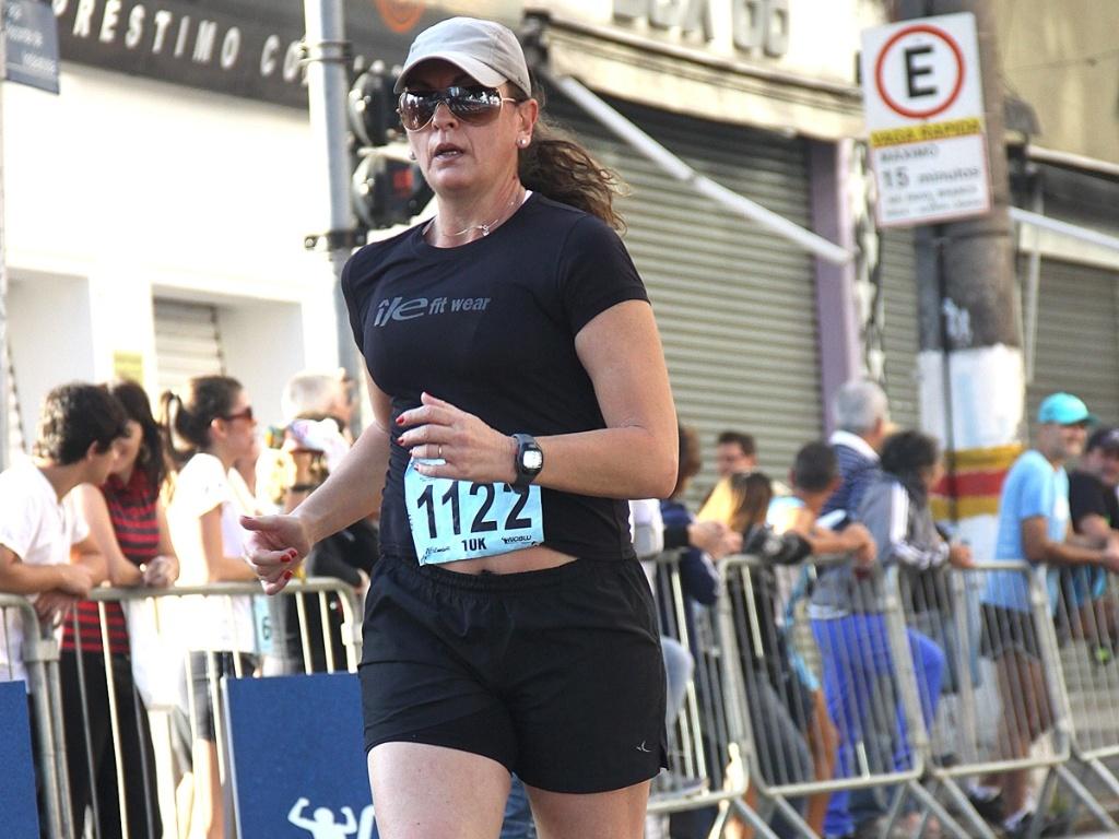 Você Manda: Yvone Daoud, 51 anos, na meia maratona de Campina (SP)