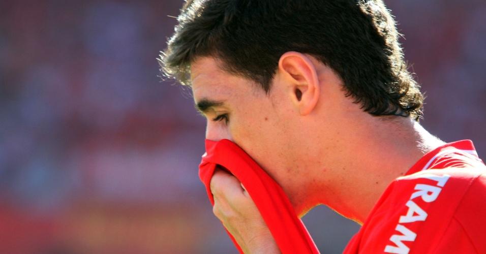 Garoto Oscar na partida do Internacional contra o Corinthians