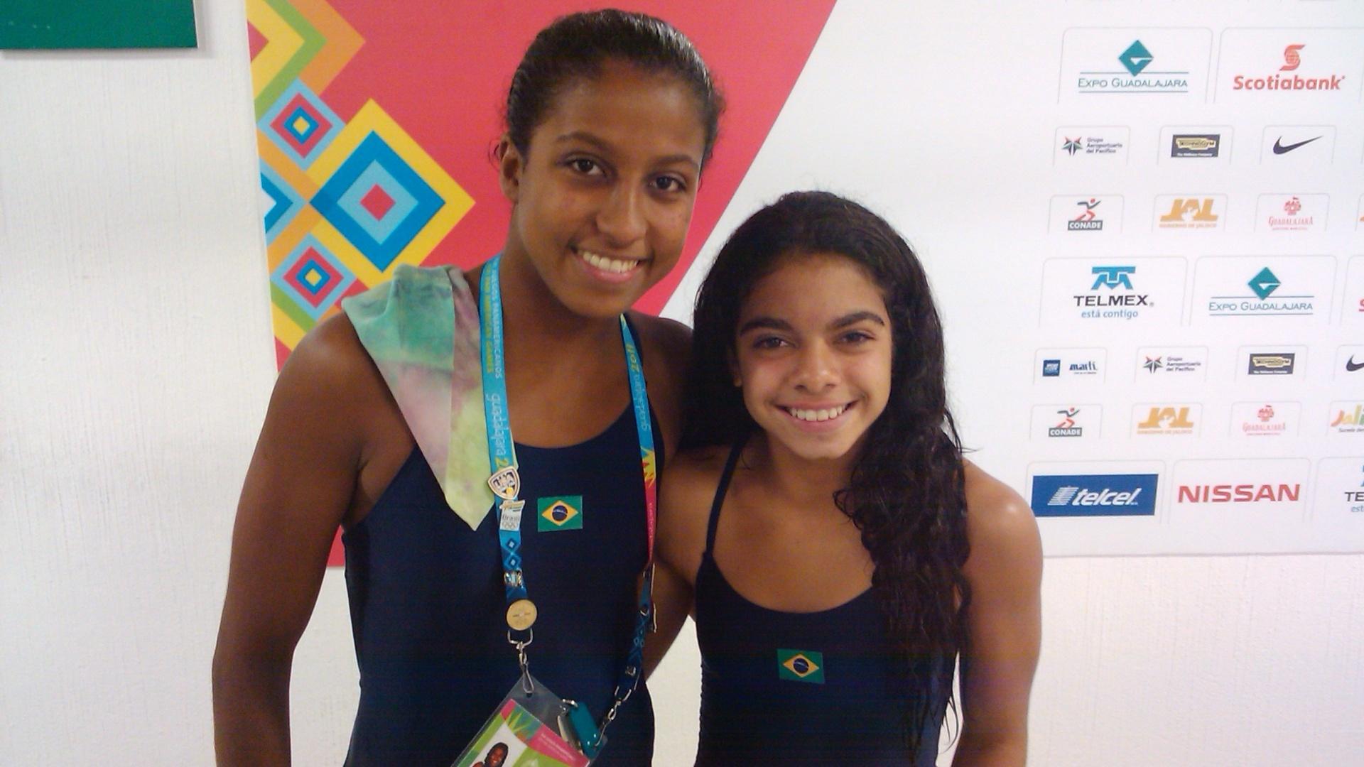 Natali Cruz e Andressa Mendes, atleta dos saltos ornamentais do Brasil (27/10/2011)