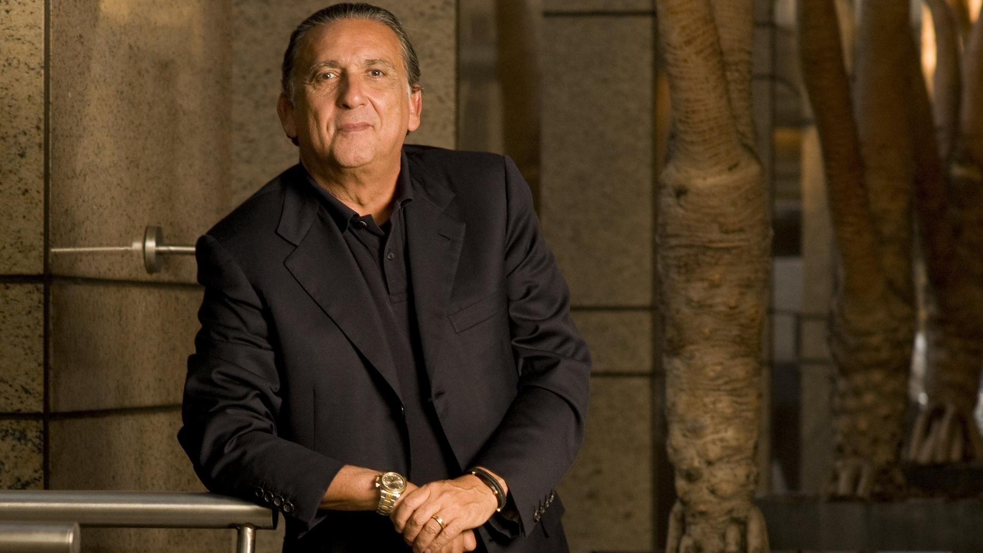 Galvão Bueno concede entrevista em outubro de 2010