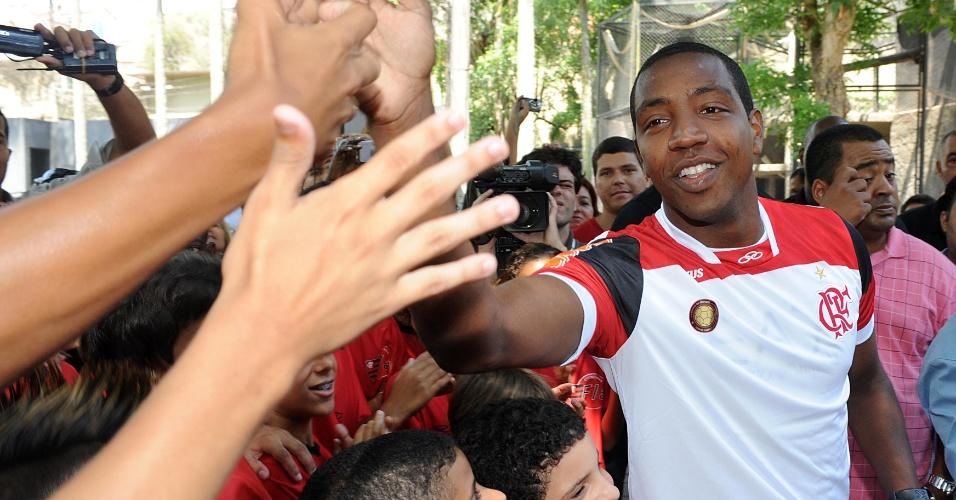 O Flamengo oficializou nesta sexta-feira a adoção do