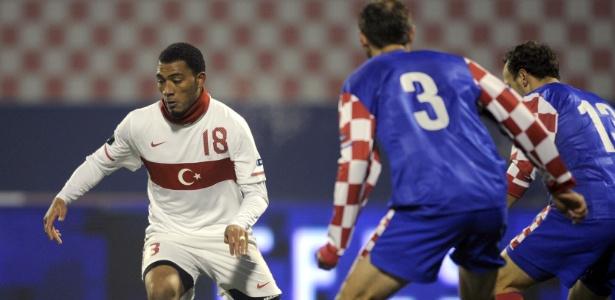 Inglês naturalizado turco, Kazim já chegou às semifinais da Euro pela Turquia, em 2008