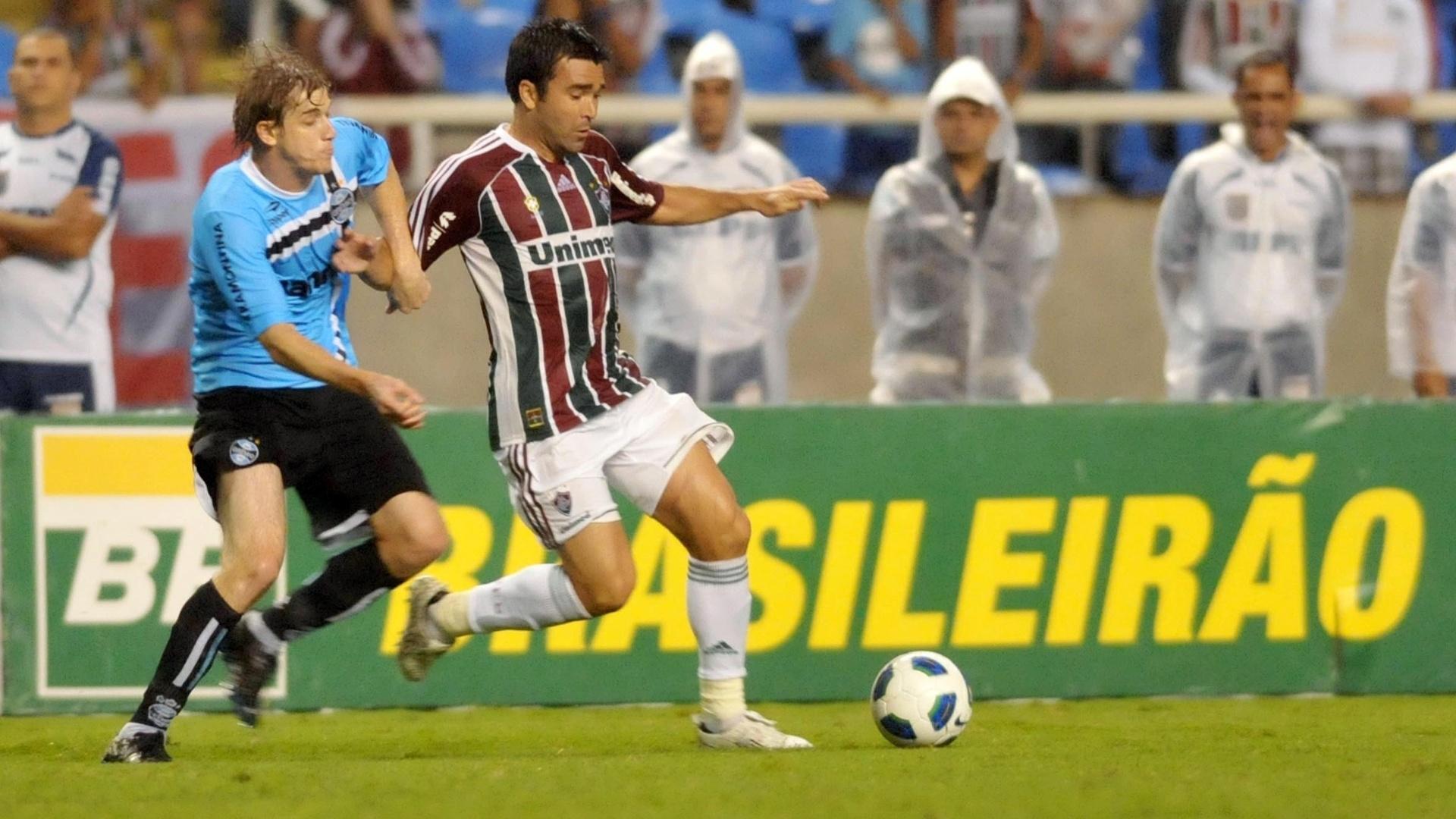 Deco deu passe para Fred marcar o segundo do Fluminense contra o Grêmio, pelo Campeonato Brasileiro