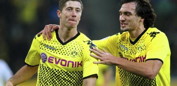 Hummels e Lewandowski eram parceiros de equipe no Borussia Dortmund