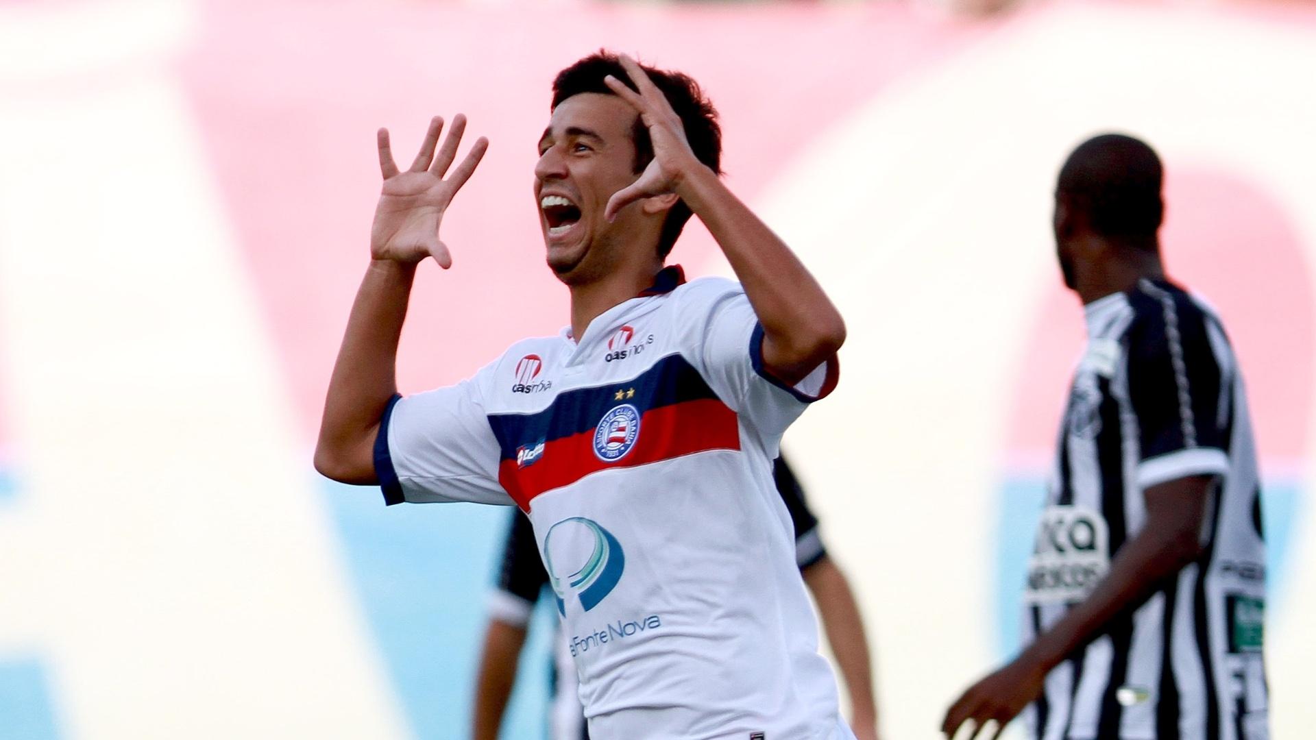Camacho comemora gol do Bahia na partida contra o Ceará. Derrota determina rebaixamento dos visitantes para a Série B em 2012