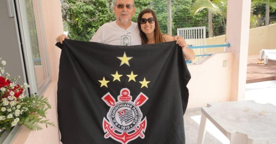 Ernesto Fernando R. Vicente comemora com a sobrinha em Florianópolis